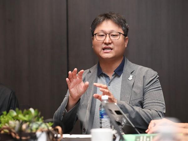 영화 '귀향'의 조정래 감독