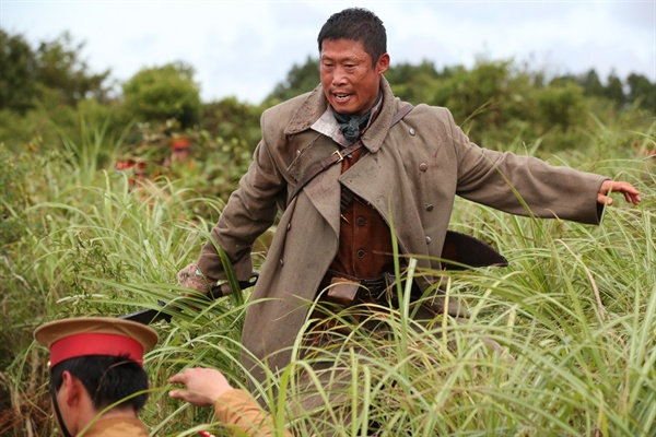 영화 <봉오동 전투>의 한 장면.