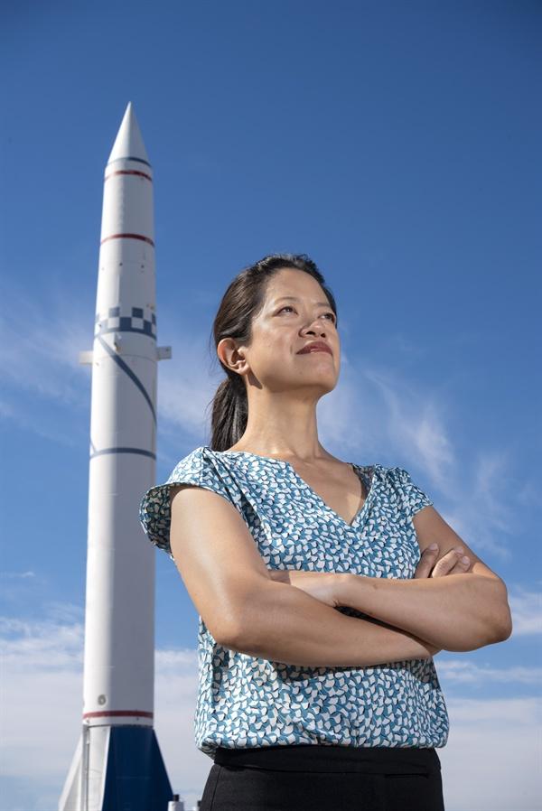 프랜시스 챈스 박사. 미국 샌디아 국립 연구소에서 신경망을 이용한 요격 미사일 시스템 개발을 이끌고 있다.