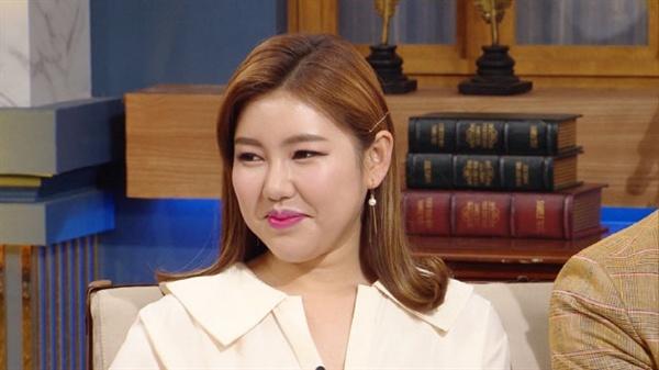 지난 1일 방영된 < 해피투게더 >에 출연한 송가인