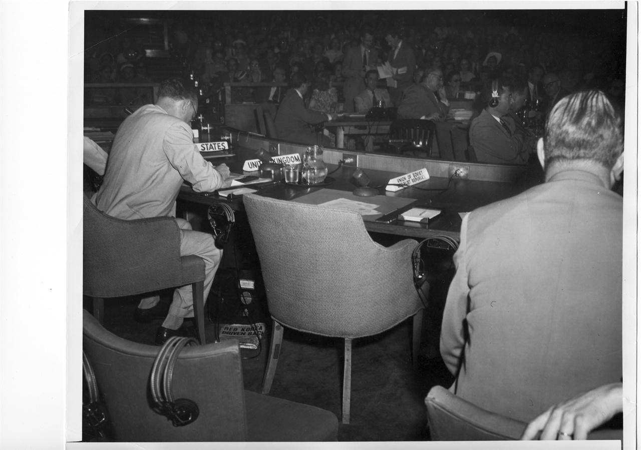 7. 소련 대표가 유엔안전보장회의에서 유엔군 참전 의결에 불참하고 있다(1950. 6. 27.).