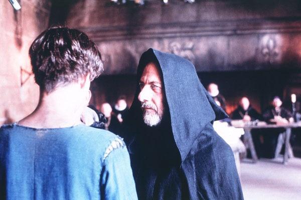잔 다르크에게 자주 출몰하는 환영인 콘시언스 수감 중인 잔 다르크에게 자주 나타나 '계시'에 대해 의문 제기를 하는 환영인 콘시언스
