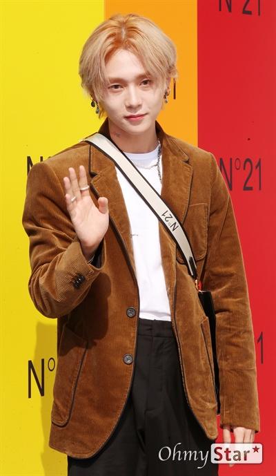 이던, 가을이 오면 가수 이던(효종)이 6일 오후 서울 압구정로의 한 백화점에서 열린 한 패션브랜드 포토콜 행사에서 포즈를 취하고 있다.