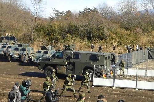 2016년 실시된 재외일본인 보호조치 훈련(출처: 일본 방위성)