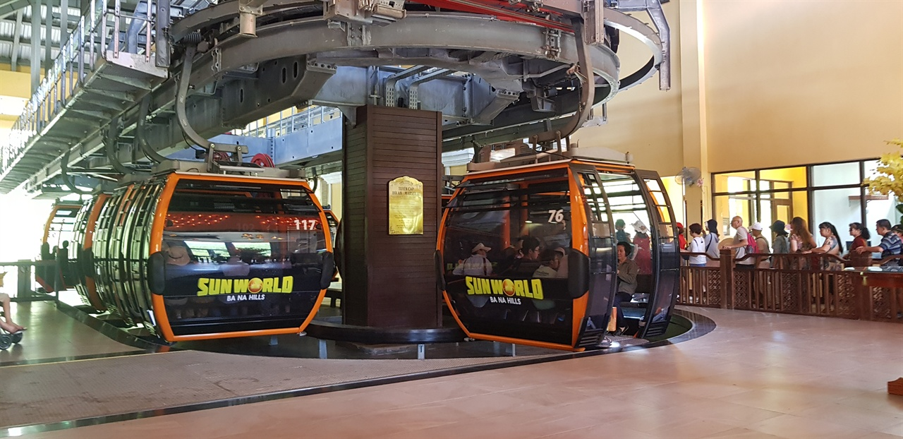 바나힐 케이블카 승강장,바나힐 케이블카는 세계에서 2번쨰로 긴 케이블카다