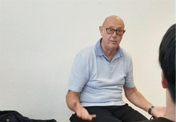 포인트알파에서 만난 탈동독한 할아버지를 만났다.