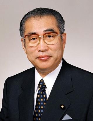 오부치 게이조 전 일본 총리. 일본 총리대신 홈페이지의 오부치 게이조 코너에서 찍은 사진.