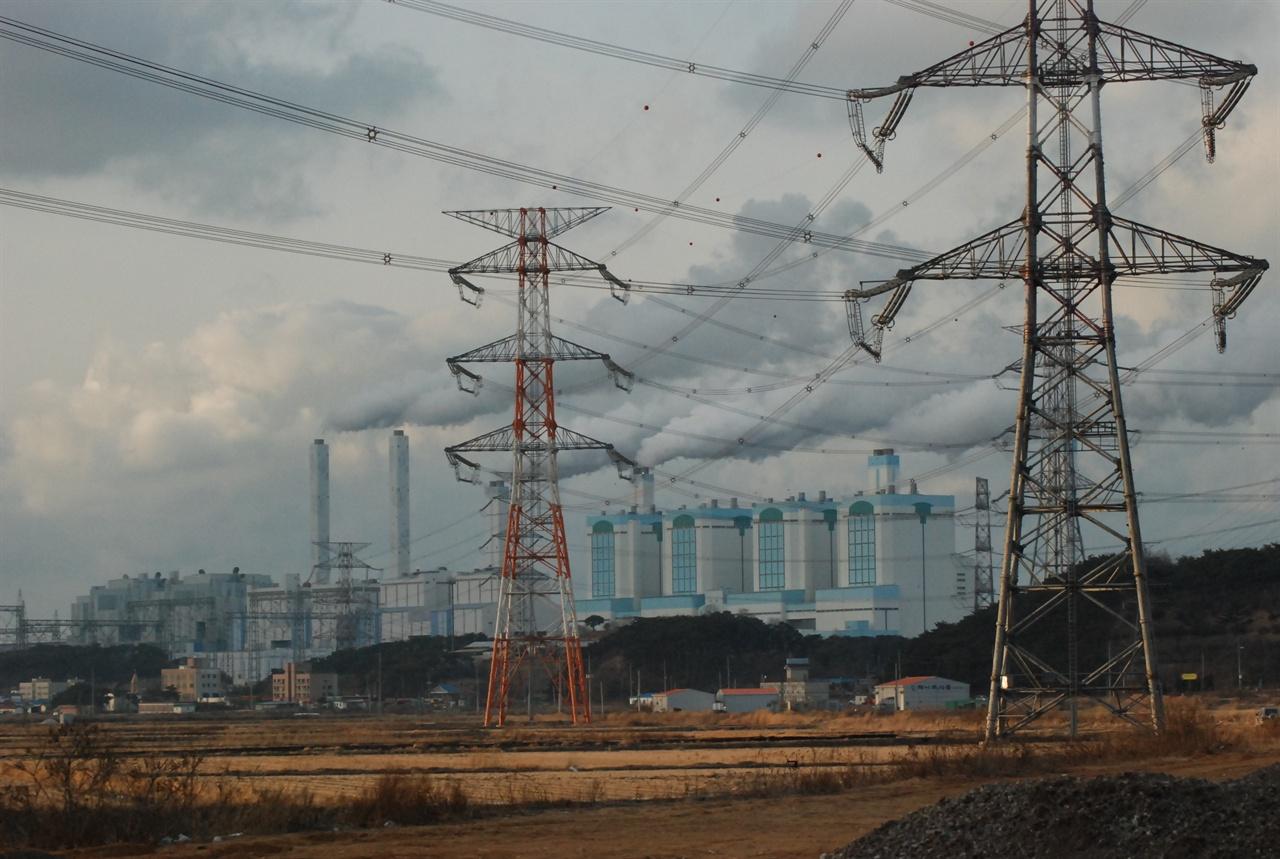 당진석탄화력발전소 당진 석문면에 위치한 당진석탄화력발전소