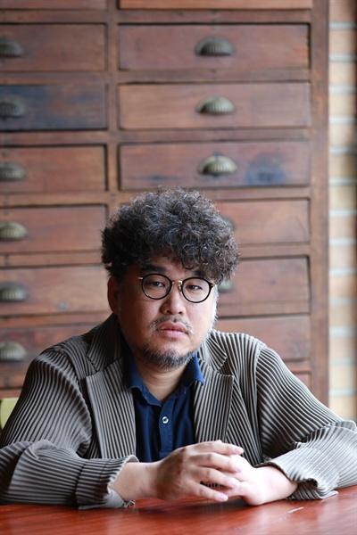영화 <변신> 김홍선 감독 인터뷰 사진