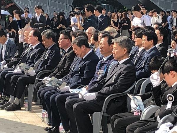 추모객 고 이묭마 MBC기자 시민사회장 영결식에 온 추모객들이다.