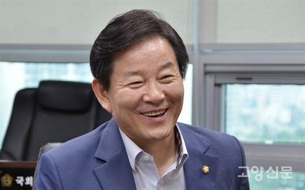 27일 국회 의원회관에서 만난 정재호 국회의원은 내년 총선 출마 의지를 분명히 밝혔다.