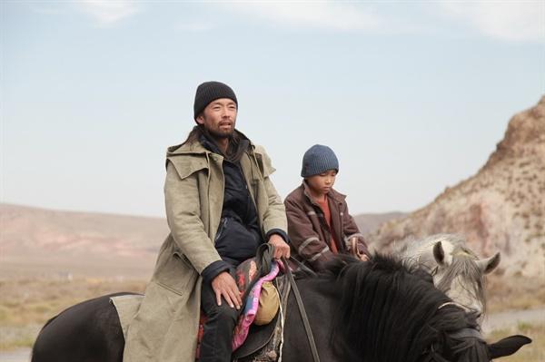2019년 부산영화제 개막작 카자흐스탄 영화 <말도둑들. 시간의 길>