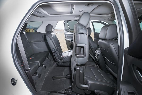 쉐보레 대형 SUV 트래버스 내부.
