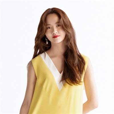 넷플릭스 오리지널 시리즈 <좋아하면 울리는> 김조조 역 배우 김소현.