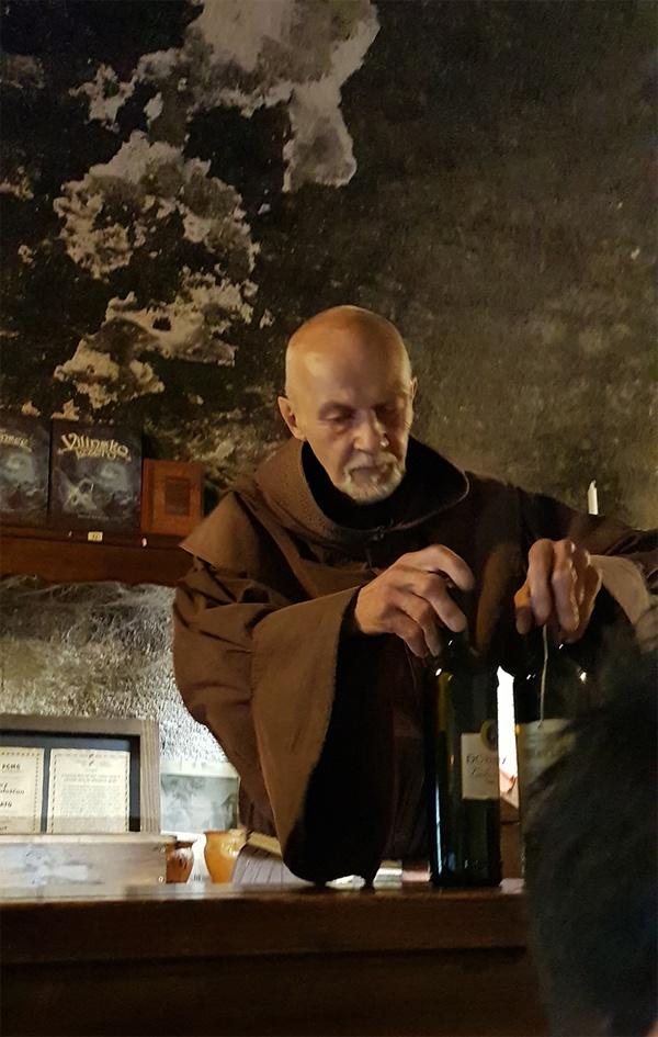 블레드 성 와인. 성 안에서는 슬로베니아의 이름난 와인들을 팔고 있다.
