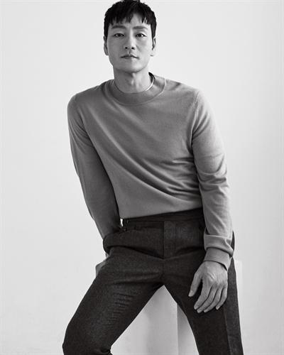 박해수 오는 25일 개봉하는 영화 <양자물리학>의 주연배우 박해수가 영화 개봉을 앞두고 인터뷰를 진행했다.
