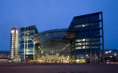2009년 베를린 중앙역의 풍경, 어쩜 이리 사람 없이 황량할까