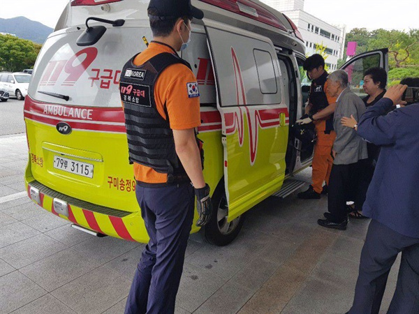 시장과 면담에 들어간 허경성 내외는 장세용 시장으로부터 고성으로 비난을 받고 부인이 몸을 가누지 못해 119구급대로 인근 병원 응급실로 실려갔다.