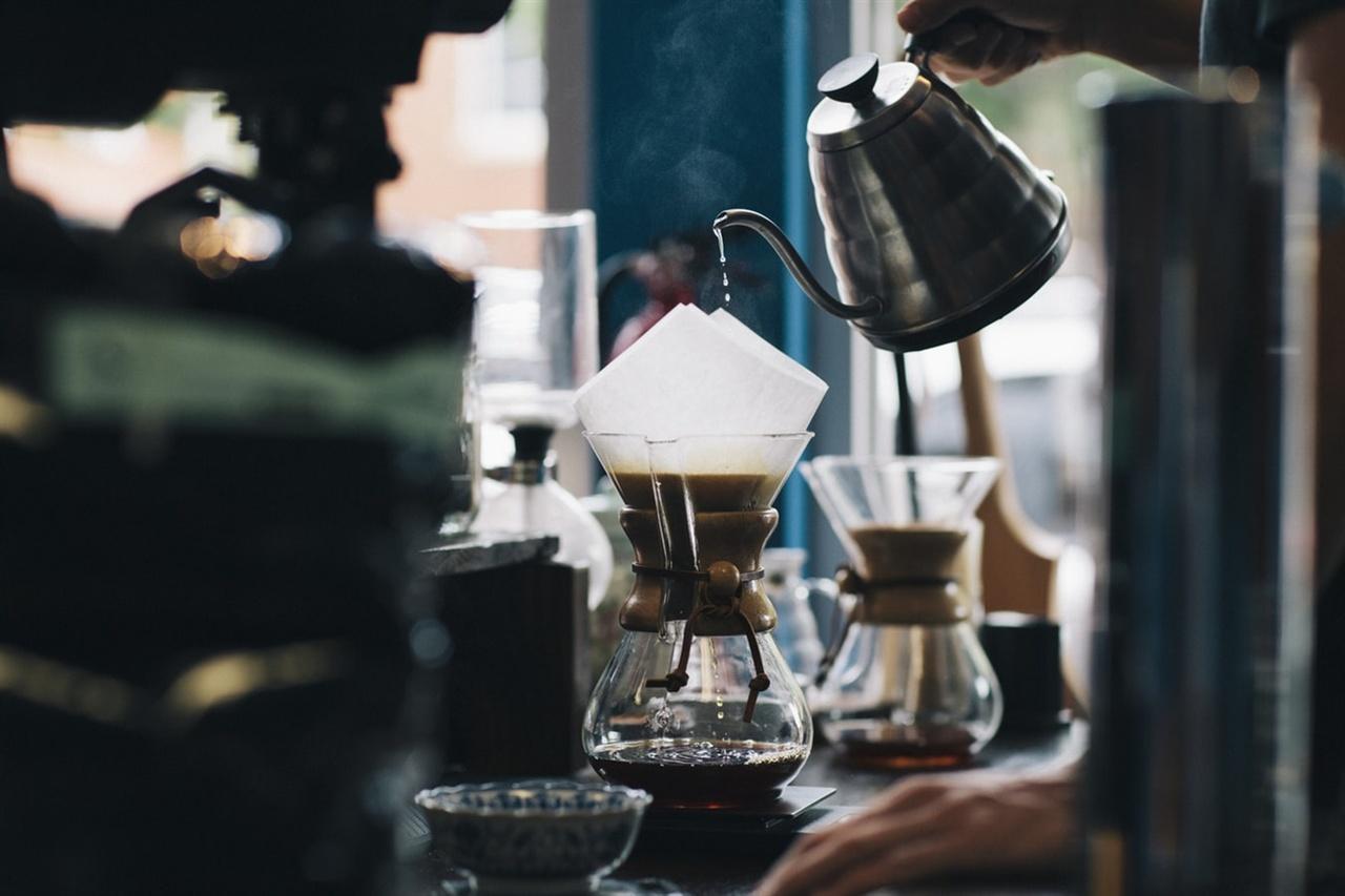 카페 운영의 경험과 노하우를 그 누군가에게 전해줌으로 꼭 필요한 도움이 되게 하고 싶다.?
