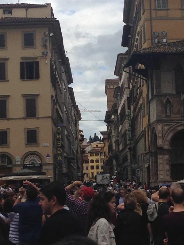 수많은 인파   2014년 6월에 찍은 사진이다. 본격적인 여름 휴가철에는 이보다 더 붐빈다.