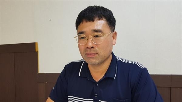 방사능 피폭 피해자의 아버지 이희철씨.
