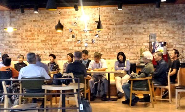 한일시민교류단 회원들이 합천 원폭피해자복지회관을 찾았다.