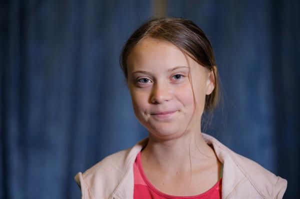인터뷰하는 10대 환경운동가 툰베리 (뉴욕 AP=연합뉴스) 23일 미국 뉴욕의 유엔본부에서 열린 기후행동정상회의에 참석하기 위해 온 10대 환경운동가 그레타 툰베리가 지난 20일(현지 시각) AP통신과 인터뷰를 하고 있다.