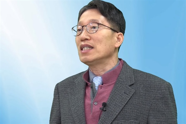 이승만TV [위기 한국의 근원 : 반일 종족주의 (12)]편에 출연한 김낙년 교수