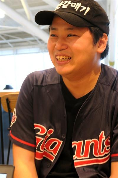 """트위터상에서 이가와 요시키씨에 대한 호칭은 """"명예 한국인"""", """"대한일본인"""", """"프로매국노"""" 등 다양하다."""