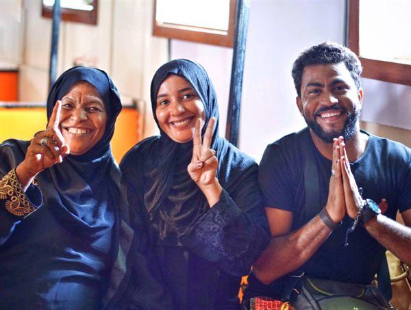 나일강 국경 페리에서 만난 알라 씨 가족.