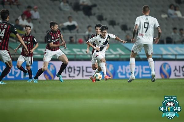 25일 오후 서울월드컵경기장에서 '하나원큐 K리그 1 2019' 31라운드 FC서울과 경남FC의 경기가 벌어졌다.