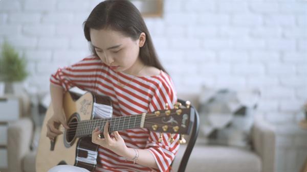 나의 노래는 멀리멀리 음악 다큐멘터리 영화 <나의 노래는 멀리멀리>
