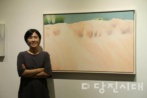 김은실 서양화가가 개인전 <생명의 Harmony (숲, 나무, 꽃들의 향연 展>을 오는 15일까지 안스갤러리에서 개최한다.