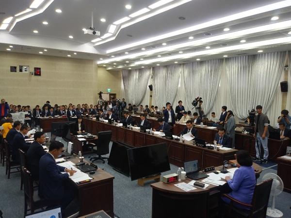 국토부 국정감사 제주도에 대한 국회 국토교통위원회 국정감사가 제주도청에서 8일 개최됐다.