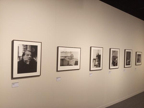 파리지앵 파리지앵 24명의 초상사진을 만나는 전시 공간