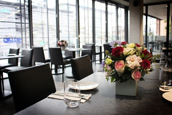 사회적 기업 오요리아시아가 운영하는 스패니시 레스토랑 '떼레노'