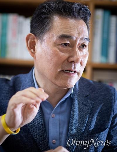 하종강 성공회대학교 노동아카대미 주임교수