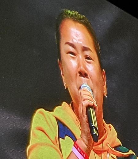 세월호 유가족 12일 저녁 검찰개혁촛불문화제에서 발언을 하고 있는 한 세월호 유가족이다.