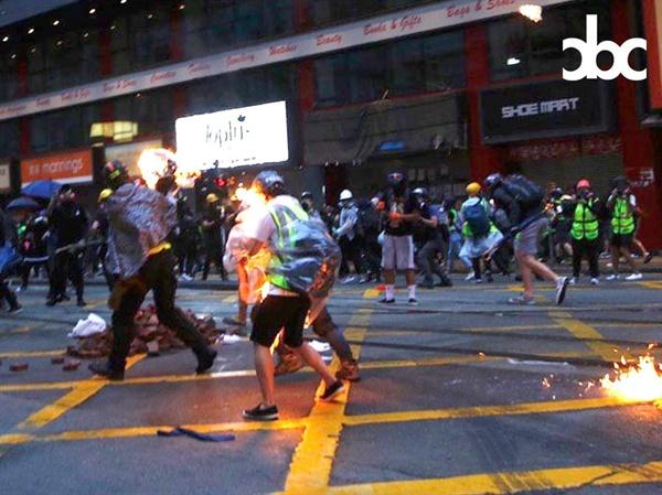 피해 당사자 명린에게서 제공받은 사진이다. 10월 6일 오후 6시, 당시 피해 현장이 담겼다. 사진 : CBC (City Broadcasting Channel)