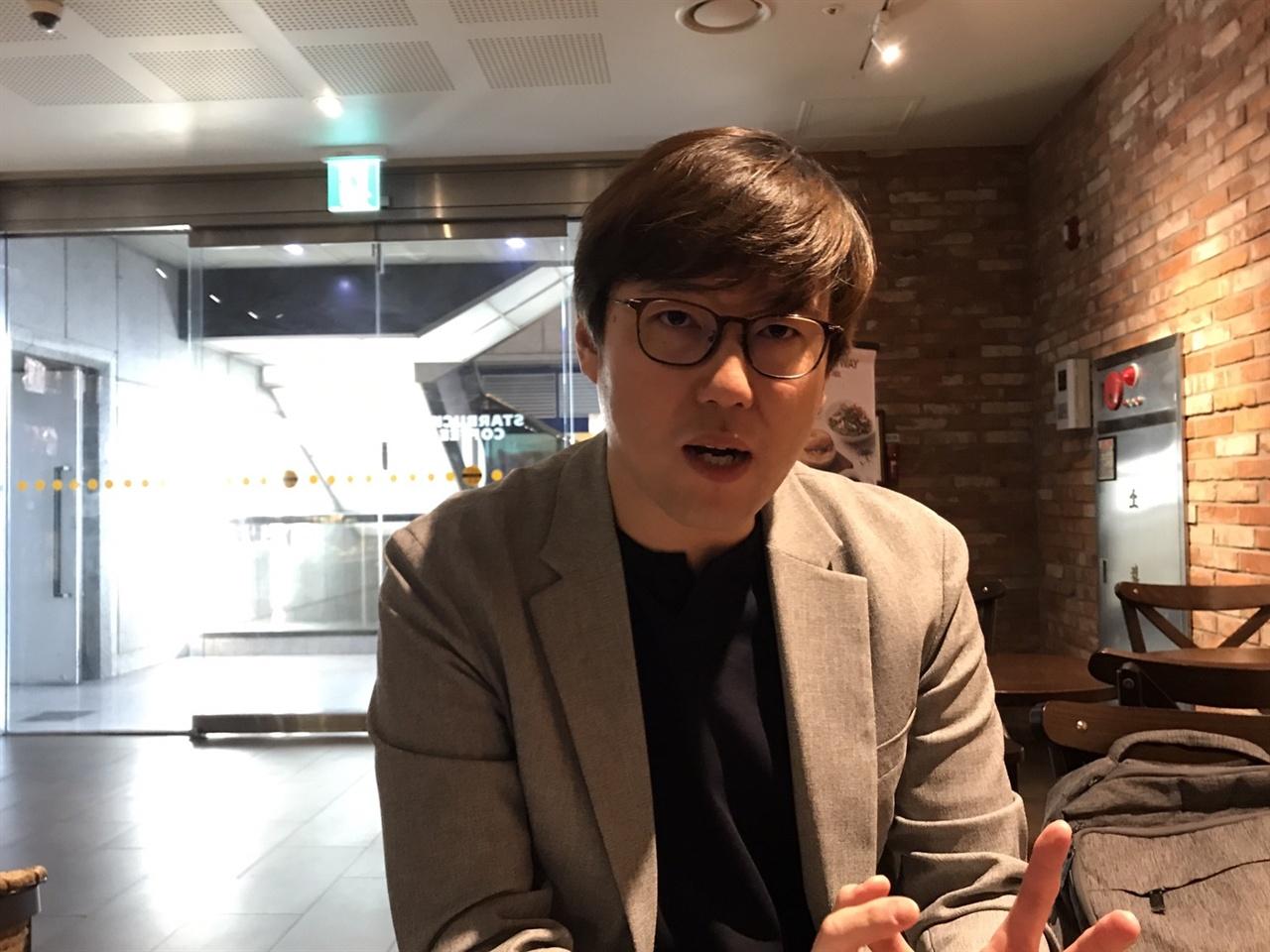 다큐 영화 <북간도의 십자가> 프리젠터로 참여한 심용환 역사 작가