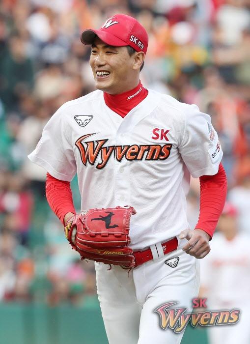 올 시즌 190.1이닝을 던지며 풀타임을 소화한 SK 김광현