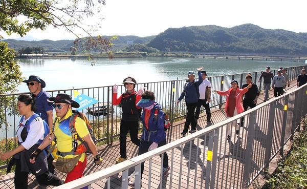 남파랑길 광양구간 '섬진강 꽃길' 걷기