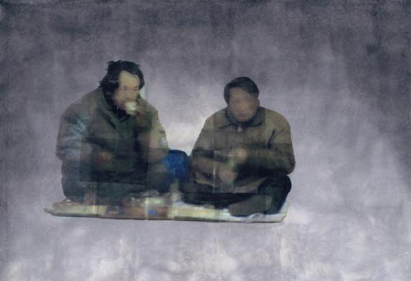 김선태 작가의 작품 '술마시는 아저씨 2005'