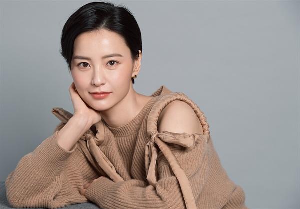 영화 <82년생 김지영>에 출연한 배우 정유미.