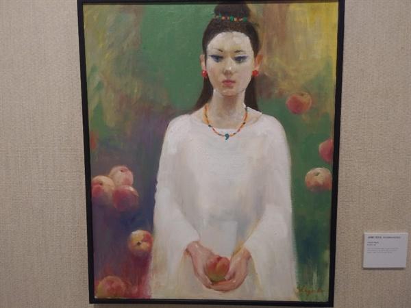참가작품 고데라 가즈코의 작품 '히미코와 복숭아'