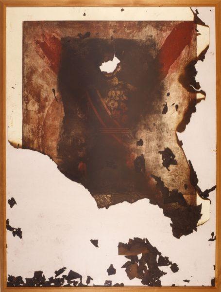 쇼와일왕의 사진이 타는 모습을 묘사한 작품 '태워져야 하는 그림'(시마다 요시코)(표현의 부자유전 공식 홈페이지)