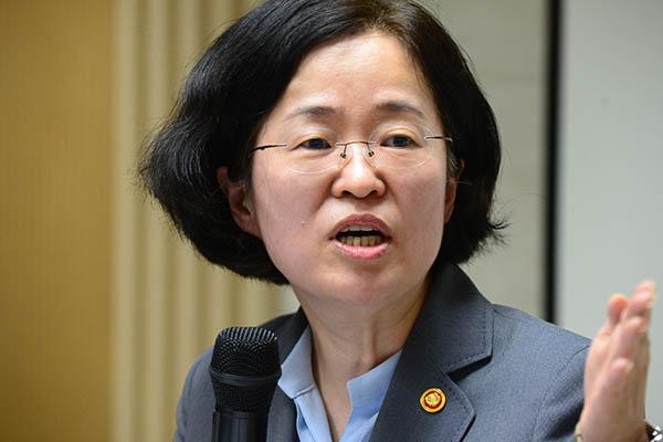8일 조성욱 공정거래위원회 위원장이 SK브로드밴드와 티브로드 3개사의 합병을 승인했다.