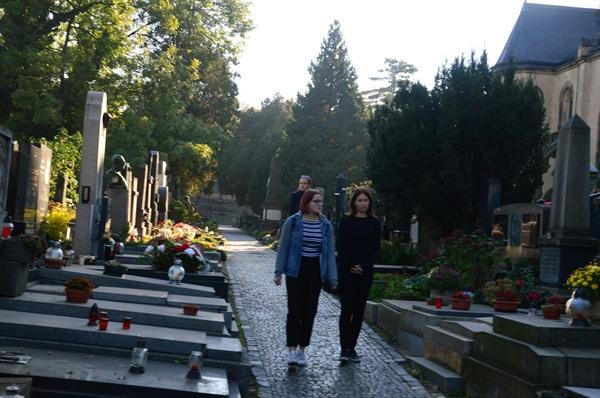 비셰흐라드 공원묘지 체코의 명사들이 묻혀 있는 이 곳은 19세기 후반에 조성되었다.