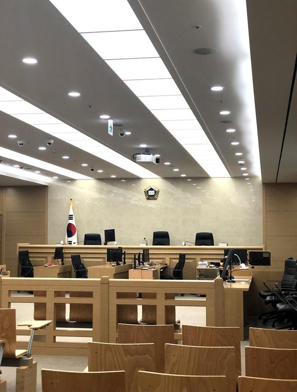 지난 9월 20일 울산지방법원 301호 모습.