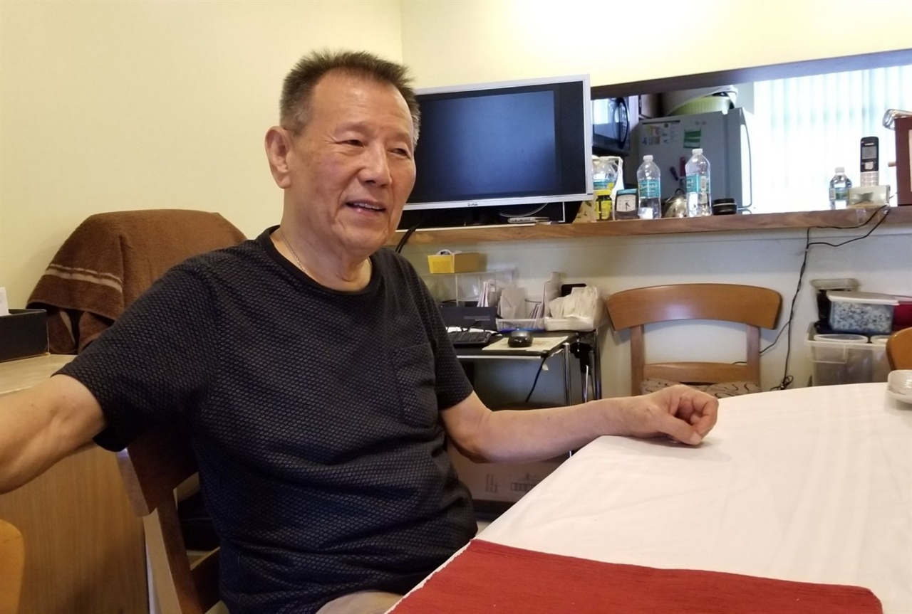 미국 플로리다 마이애미에 거주하는 영랑 시인의 삼남 김현철 선생